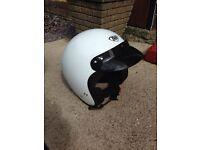 Retro vintage style bike helmet