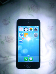 SELLING USED IPHONE 5 16gb black, MINOR WEAR ON BODY,