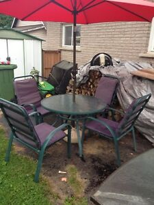 Patio set - $60