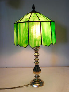 professionally made stained glass table lamp