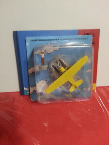 Tintin en Avion / Model Plane Figurine w/ book