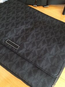 Designer Leather Bag. MK Michael Kors $275OBO