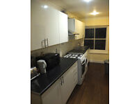 BIG 3/4 BEDROOM HOUSE ONLY 6 MINUTES OFF LIVERPOOL STREET, RECENTLY REFURBISHED!!!