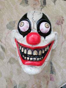 Killer clown mask almost new excellent condition