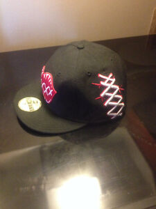 59FIFTY / New Era / black n red / super clean / new West Island Greater Montréal image 3