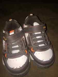 Reduced! Boys sz 4 toddler footwear St. John's Newfoundland image 4