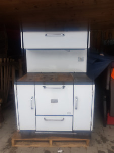 Findlay oval concord wood stove for sale