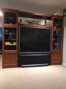 TV and a tv unit for sale West Island Greater Montréal image 1