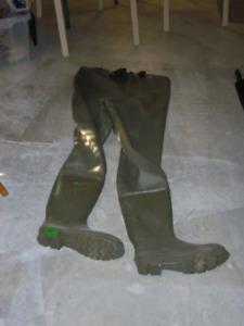 Botte/culotte de pêche;  pas beaucoup utilisé
