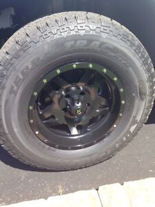 """33"""" (285/70/17) rims and tires for Jeep Wrangler"""