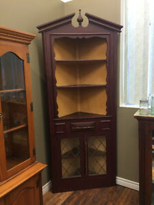ANTIQUE CORNER CABINET!!!