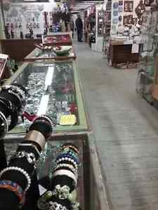 Shop Canada's largest antique mall 600 booths PLUS Jewelry  Stratford Kitchener Area image 9