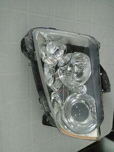Headlamp avant gauche
