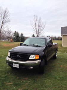 Ford F-150 4x4 v8 Certified