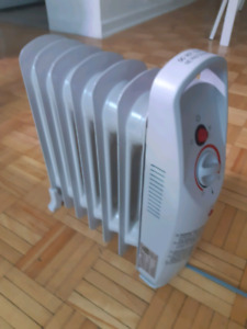 Small Oil Heater Great Condition