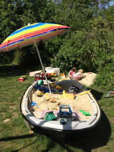 FREE 17 ft Fiberglass Boat London Ontario image 2
