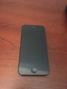 Mint Condition Space Gray iPhone 5 16GB Unlocked