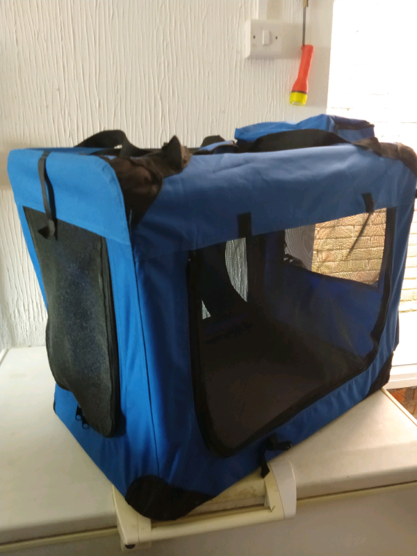 BLUE MEDIUM SIZE SOFT CARRY/OCCASIONAL CRATE
