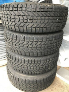 Winter Tires 235/70/16 / SUV or Truck