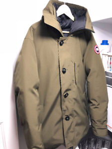 Canada Goose Parka  (Military Green, XL)