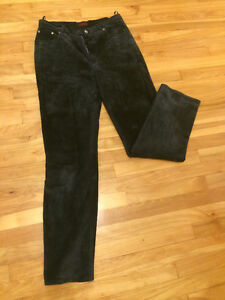 Real Leather Black Pants/  Pantalon Noir en Cuir Veritable