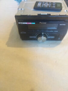Selling Pioneer deck with Bluetooth for cars