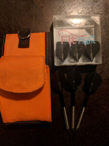 80% tungsten darts with fit flights and case