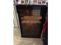 DIHL drinks fridge (only top shelf working)