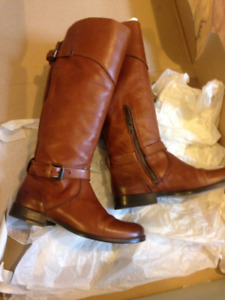 Frye Phillip Boots, Whiskey Brown, 7, Elastic insert in back