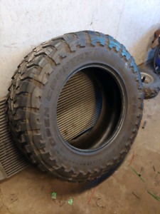 One Toyo Open Country M/T tire