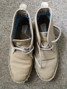 Clarks Size US 8.5/UK 6