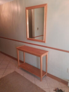 Price Drop ! Entry Way Oak Table and Mirror