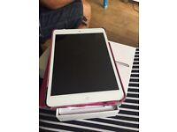 iPad mini 16gb with case and box