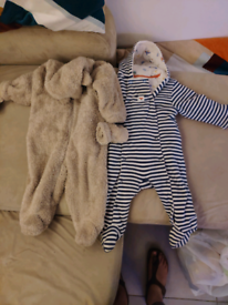 Pramsuits 6-9 months