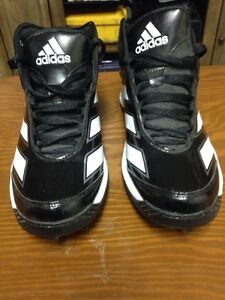 Size 10.5 football cleats