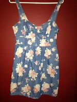 Forever 21 floral denim dress size medium