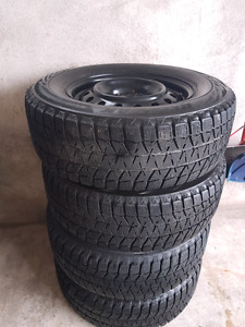 235 65 R16 Bridgestone blizzak winter tires& rims rav4 crv