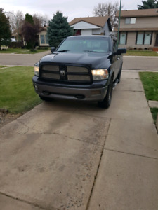 2011 Dodge ram 1500 slt PRIVATE SALE ONLY