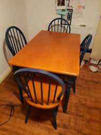 Kitchen/dining table and 4 chairs