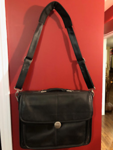"""DELL Leather Laptop Bag - Great condition! 17"""" x 13""""."""