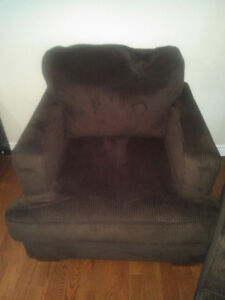 Furniture for sale! Sectional, chairs, recliners, futon Kitchener / Waterloo Kitchener Area image 6