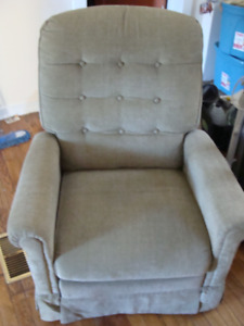 Recliner Chair - Good Shape - Free Delivery in Town