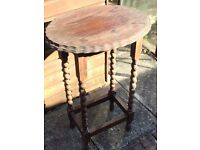 Oval wooden table (old)