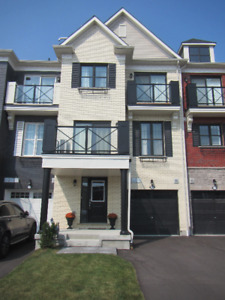 For Sale By Owner! Priced to Sell! Urban Townhome in Stouffville