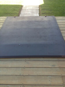Tonneau Cover for pickup truck Cornwall Ontario image 2