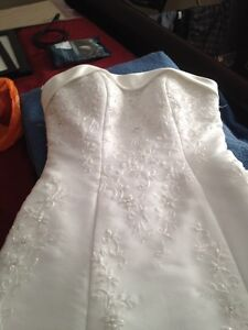 Size 6 wedding dress Peterborough Peterborough Area image 1