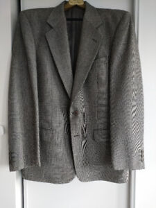 Awesome Valentino Prince of Wales Blazer.  Size 38R / Fits 40R