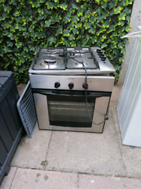 Indesit cooker, gas hob and extractor
