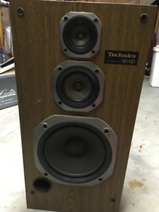 A pair of Vintage Technic Speakers #SB A10