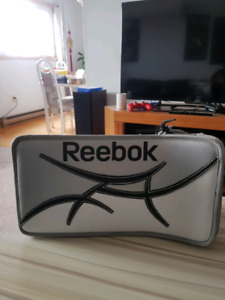 Reebok 9000 SR Ice Hockey Blocker